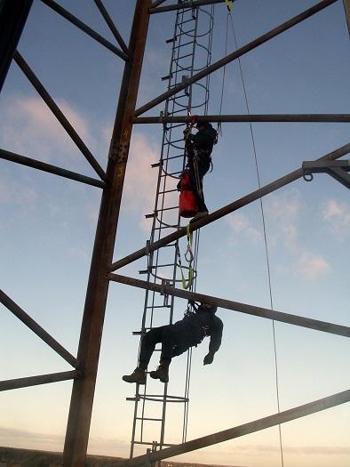 Räddning i mast